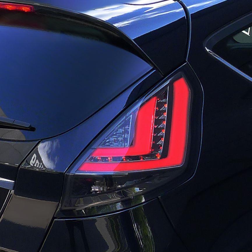 Zadní světla Ford Fiesta (JA8, od 08) LED / LightBar - kouřová