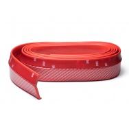 Univerzální lipa/spoiler z pružného materiálu Carbon-Look - červený, délka 2,5 m